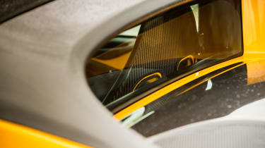 Lotus Elise Sprint 220 - Rear screen