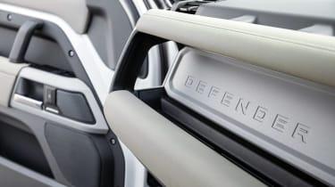 Land Rover Defender 110 P400 SE – rear