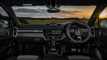 Porsche Cayenne Coupe Turbo – interior