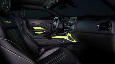 evo exclusive Aston Martin Vantage - green interior