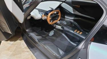 Aston Martin 003 - interior