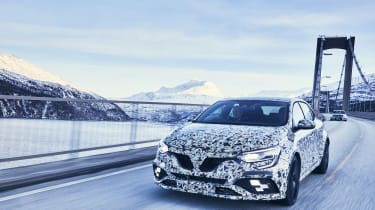Renault Megane RS - front tracking
