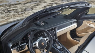 Porsche 911 Targa 4S interior