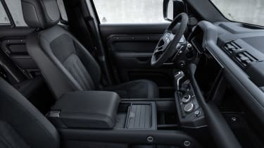 Land Rover Defender V8 MY22 - dash