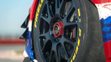Lotus Evora GT4 Concept - wheels