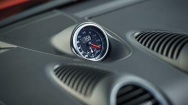 Porsche 718 Boxster S - sport chrono clock