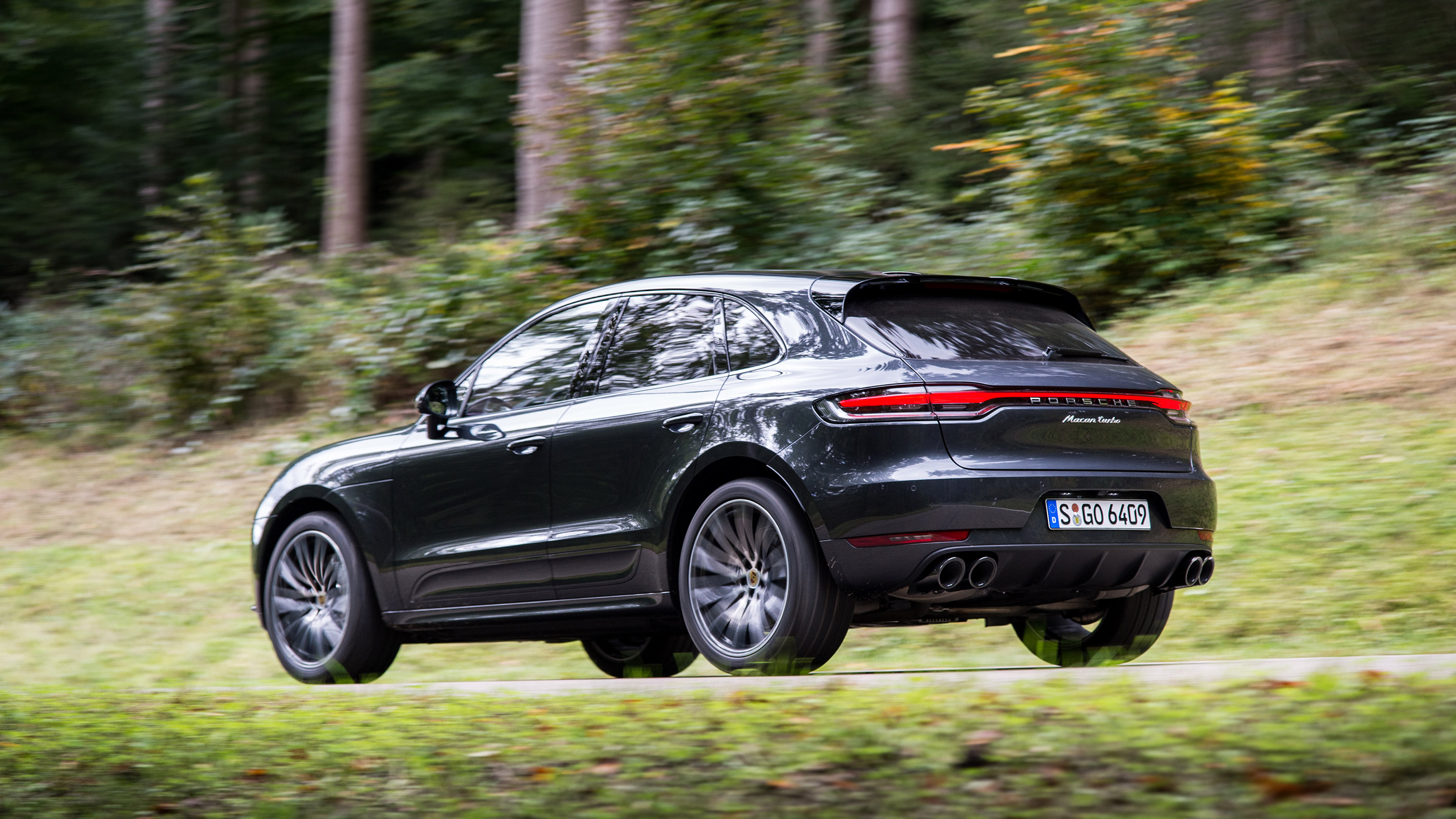 Porsche Macan Review Prices Specs And 0 60 Time Evo