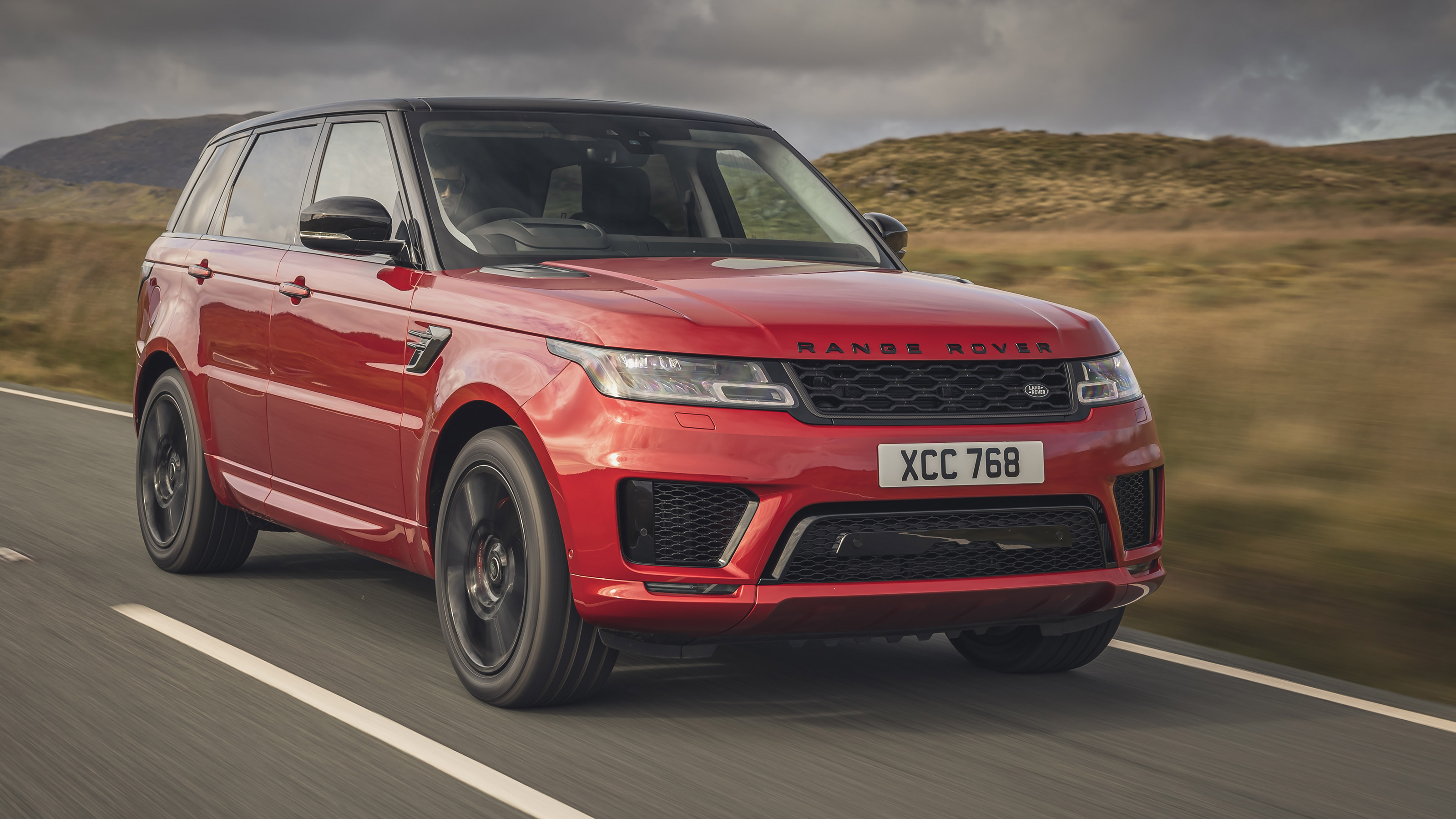 Range Rover Sport Review Prices Specs And 0 60 Time Evo