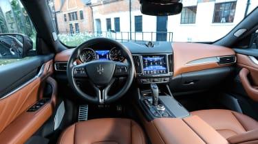 Maserati Levante MY19 GS - dash