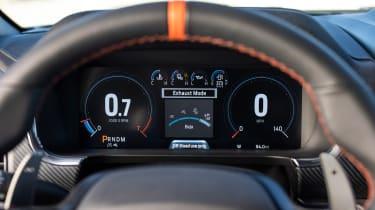 Ford F-150 Raptor -dials