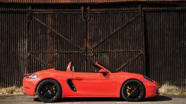 Porsche 718 Boxster S - static profile
