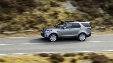 Land Rover Discovery 5 2021 - top pan