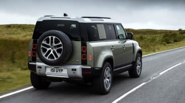 Land Rover Defender PHEV – rear tracking 1