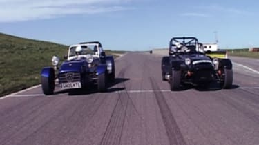 Caterham CSR and Westfield 2000S on the starting grid