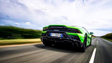 Lamborghini Huracan RWD - rear tracking
