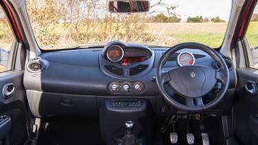 Renault Sport Twingo 133 – cabin