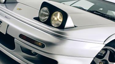 Lotus Esprit pop-up headlights