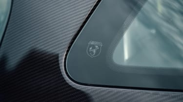 Abarth 124 GT roof