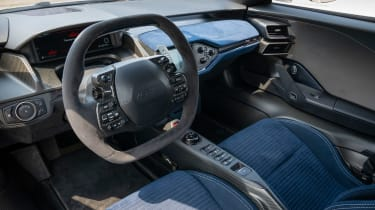 Ford GT Heritage Edition - dash