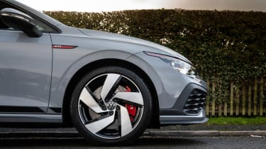 Volkswagen Golf GTI Clubsport - wheel