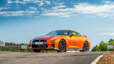 2017 Nissan GT-R review - prices, specs and 0-60 time | Evo