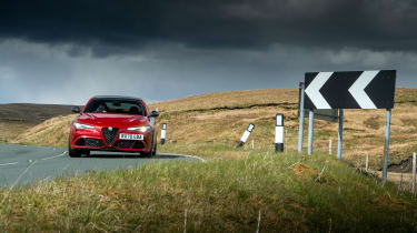 Alfa Romeo Giulia Quadrifoglio review LCI – front