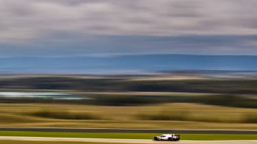 Porsche 919 Hybrid wide