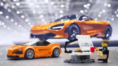 Lego McLaren 720S kit