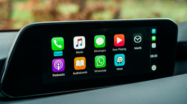 2019 Mazda 3 carplay