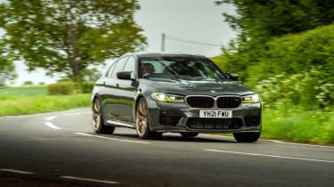 BMW M5 CS – front cornering
