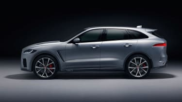 Jaguar F-Pace SVR - studio side