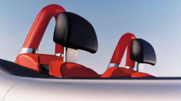 BMW Z8 – headrests