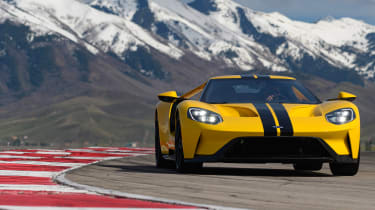 Ford GT - front