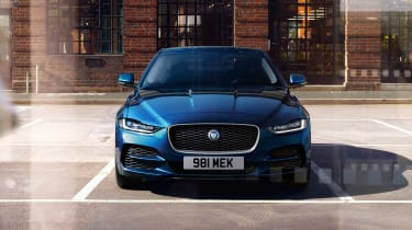 Jaguar XE facelift - face