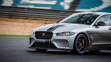 Jaguar XE SV Project 8 - nose