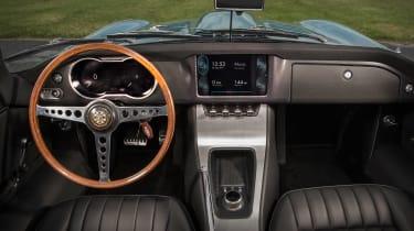 Jaguar E-type Zero dash
