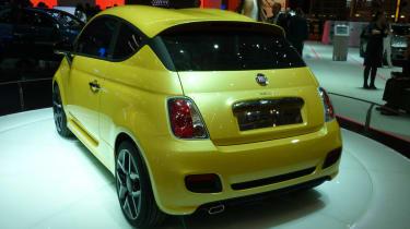 Geneva 2011: Fiat 500 Coupe by Zagato