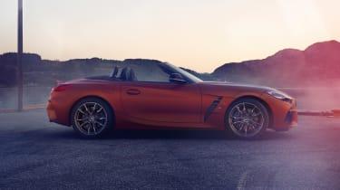 BMW Z4 M40i - side