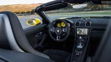 Porsche 718 Boxster GTS – cabin