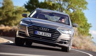 Audi A8 - front dynamic
