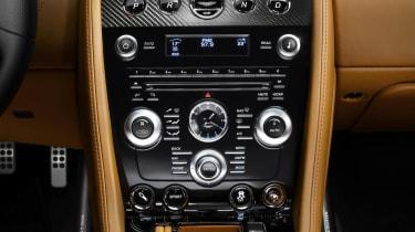 Aston Martin DBS Carbon Edition