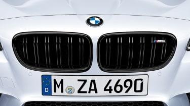 BMW M5 gloss black grille