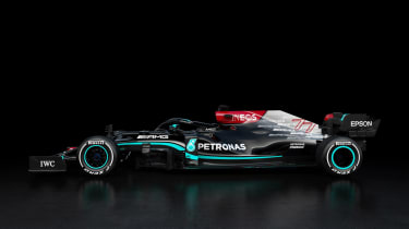 2021 Formula 1 racers – AMG side