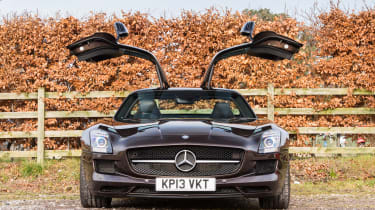 Mercedes-Benz SLS AMG – doors up