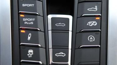 Porsche Boxster S Sport buttons