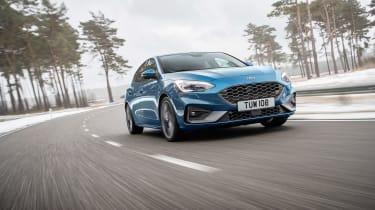 Ford Focus ST 2019 - header
