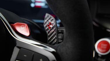 BMW M5 CS - paddle