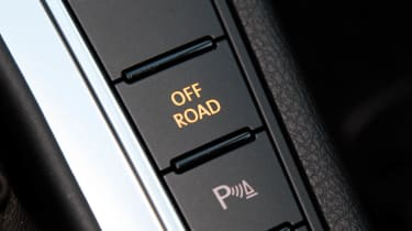 Volkswagen Passat Alltrack off road button