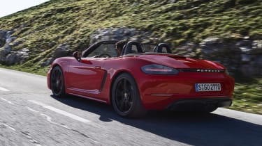 718 Boxster and Cayman GTS - rear dynamic