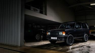 Bishops Heritage Range Rover – dark static